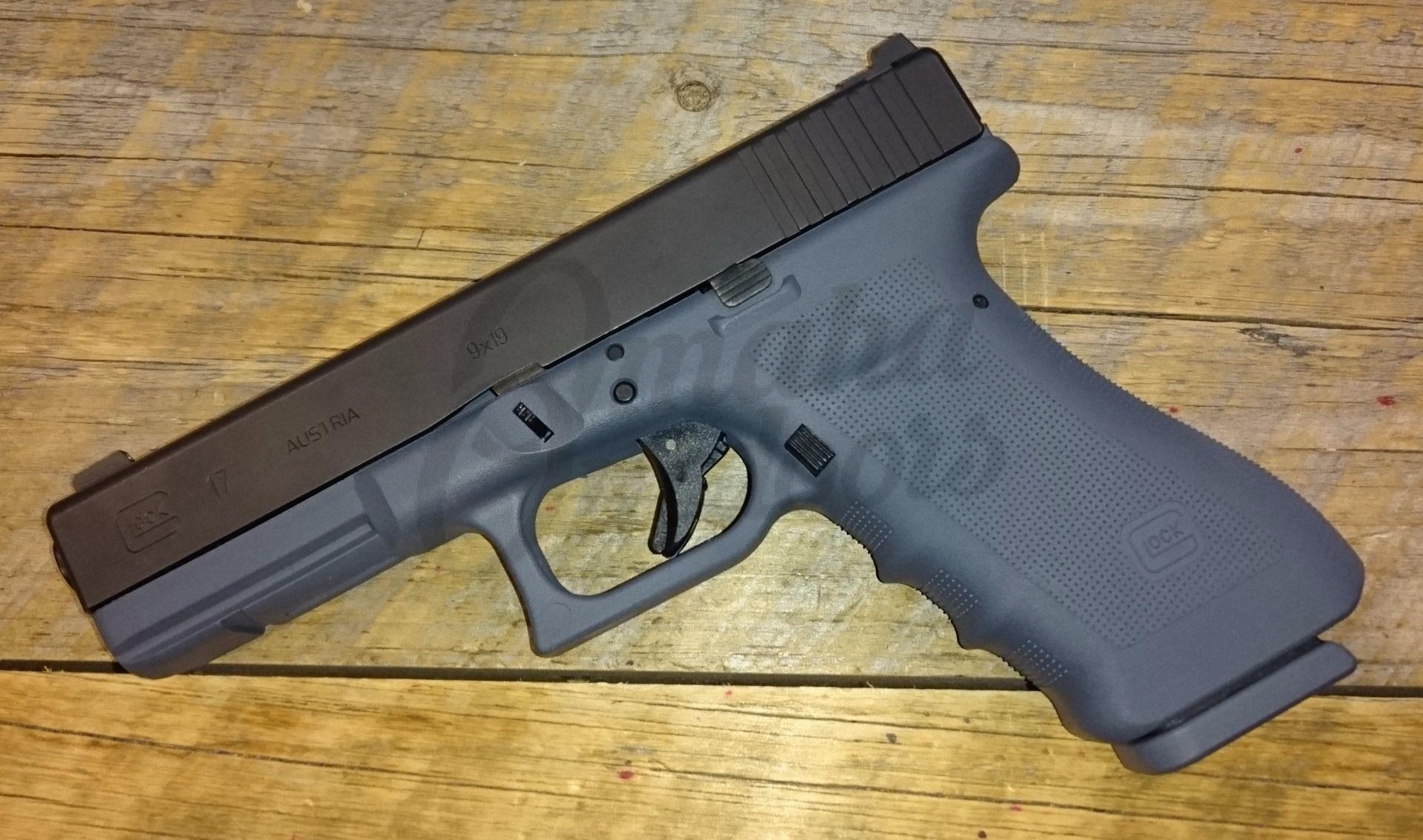 Glock 17 RTF2 Larry Vickers Gaston Gray Pistol 17 RD 9mm ...